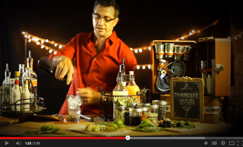 "Brand How-To Video: Paradise Bar – ""Pomegranate Martini"""